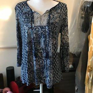 Very cute BoHo style cotton top dress barn brand
